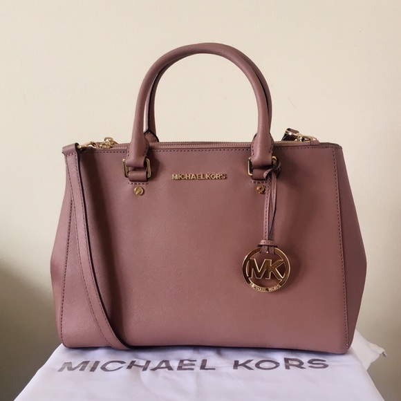 6648ab0891 Michael Kors Dusty Rose Sutton Medium. M 5ac2aff65521be7904c6e50c